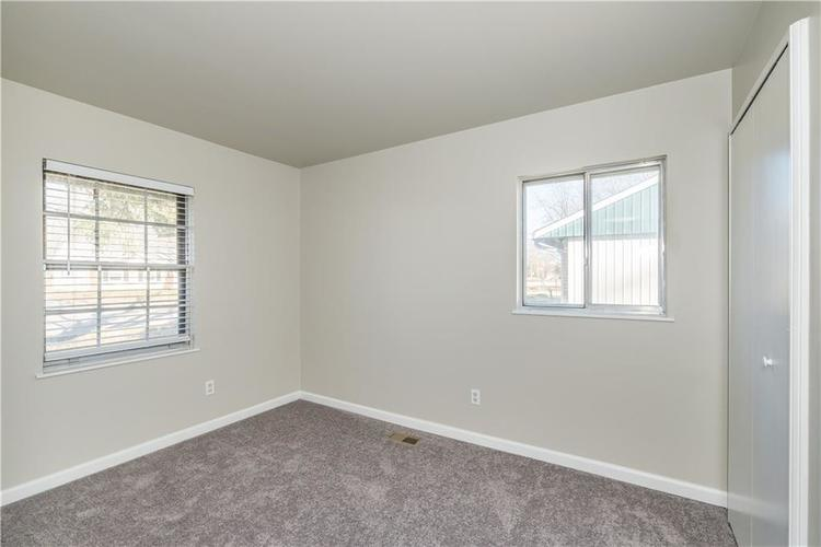 6213 Wixshire Drive Indianapolis, IN 46254 | MLS 21685846 | photo 16