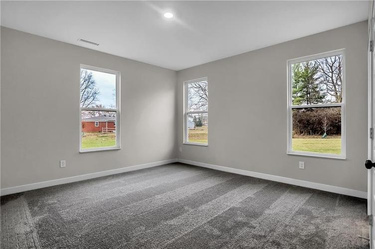 6853 Collisi Place Brownsburg, IN 46112 | MLS 21685867 | photo 21