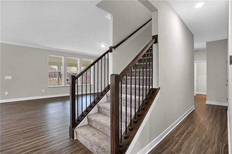 6853 Collisi Place Brownsburg, IN 46112 | MLS 21685867 | photo 24