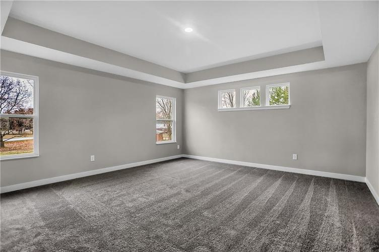 6853 Collisi Place Brownsburg, IN 46112 | MLS 21685867 | photo 29