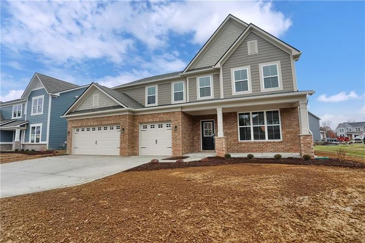 6853 Collisi Place Brownsburg, IN 46112 | MLS 21685867 | photo 3