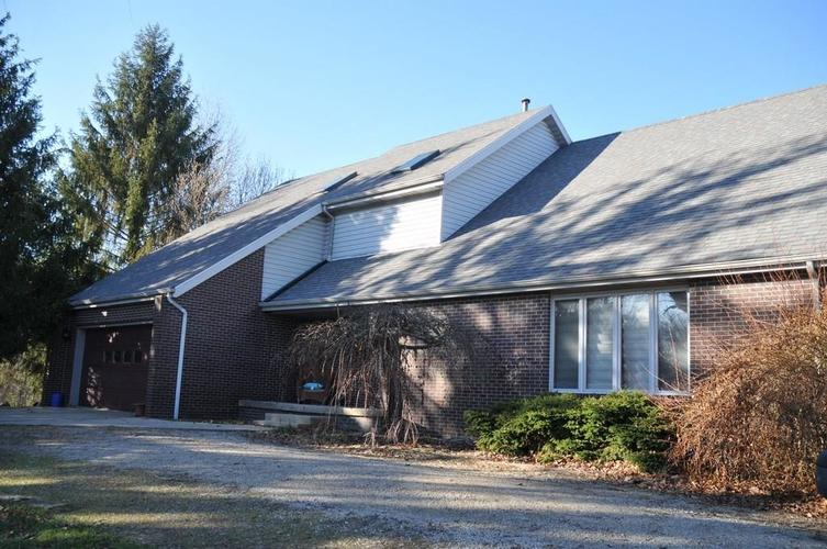 724 Southview Drive New Castle, IN 47362 | MLS 21686035 | photo 1