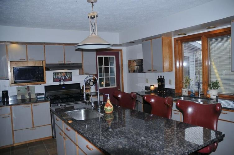 724 Southview Drive New Castle, IN 47362 | MLS 21686035 | photo 10