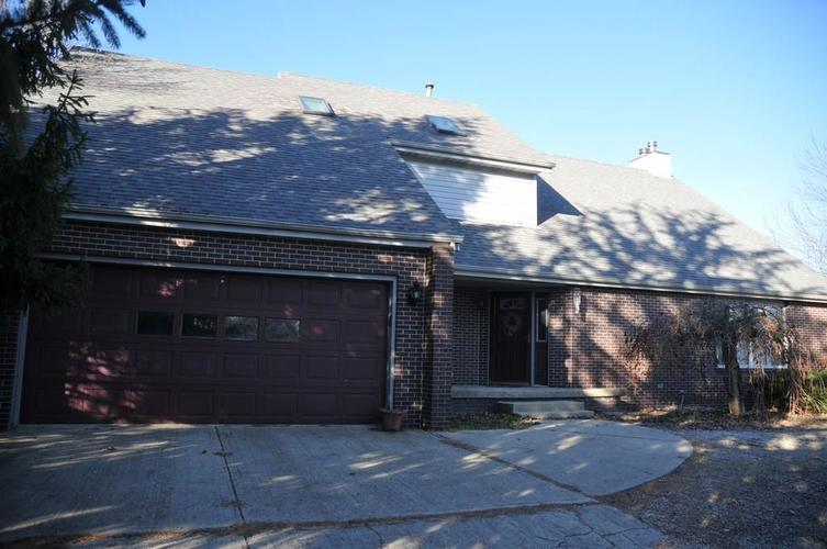 724 Southview Drive New Castle, IN 47362 | MLS 21686035 | photo 2