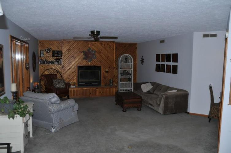 724 Southview Drive New Castle, IN 47362 | MLS 21686035 | photo 5