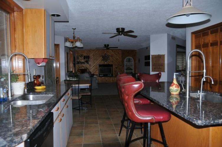 724 Southview Drive New Castle, IN 47362 | MLS 21686035 | photo 9