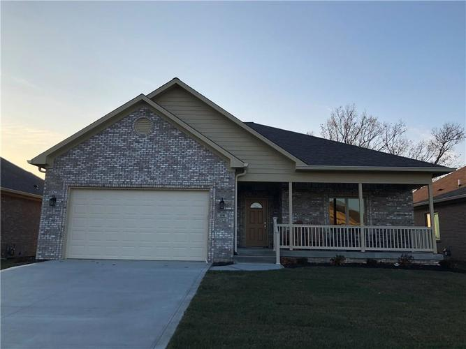 12746 N Commons West Drive Mooresville, IN 46158 | MLS 21686042 | photo 1
