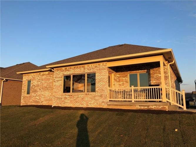 12746 N Commons West Drive Mooresville, IN 46158 | MLS 21686042 | photo 2