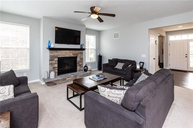 11552 Indian Hill Way Zionsville, IN 46077 | MLS 21686044 | photo 13