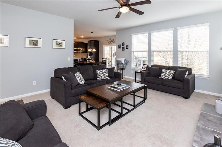 11552 Indian Hill Way Zionsville, IN 46077 | MLS 21686044 | photo 14