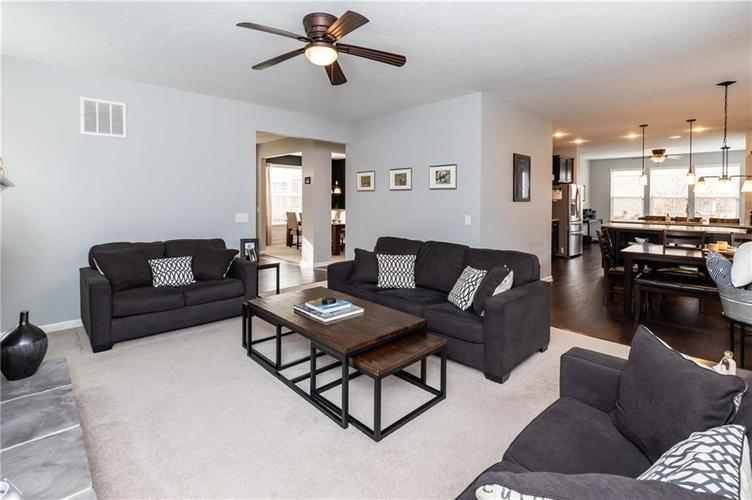 11552 Indian Hill Way Zionsville, IN 46077 | MLS 21686044 | photo 15