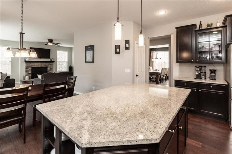 11552 Indian Hill Way Zionsville, IN 46077 | MLS 21686044 | photo 19