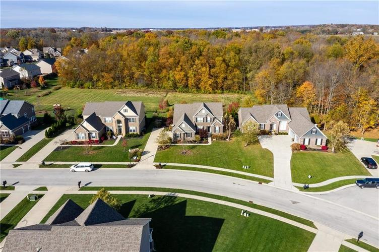 11552 Indian Hill Way Zionsville, IN 46077 | MLS 21686044 | photo 45