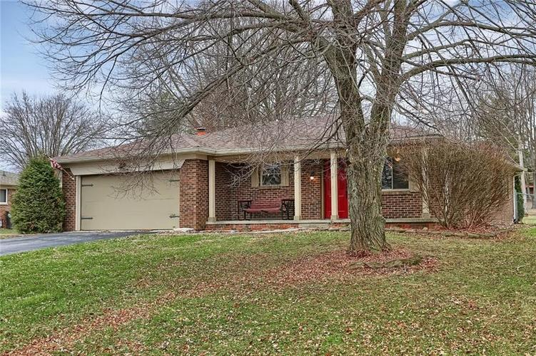 3014 Hornaday Drive Greenwood, IN 46143 | MLS 21686160 | photo 3