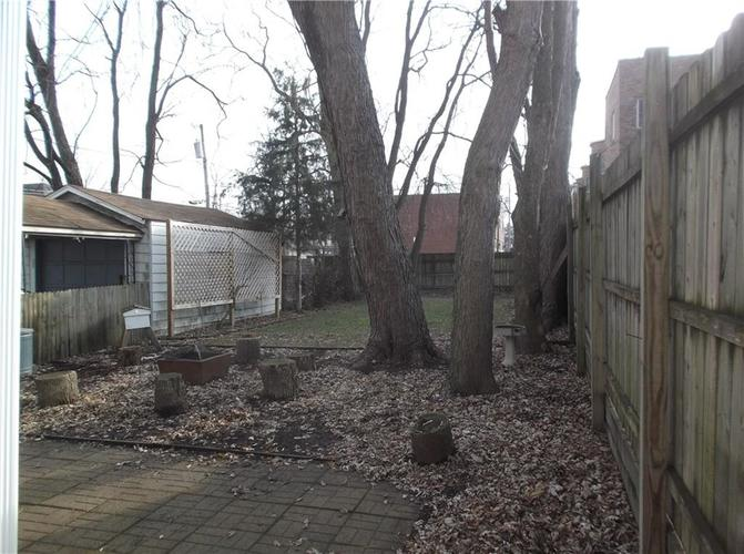 5823 E New York Street Indianapolis, IN 46219 | MLS 21686165 | photo 12
