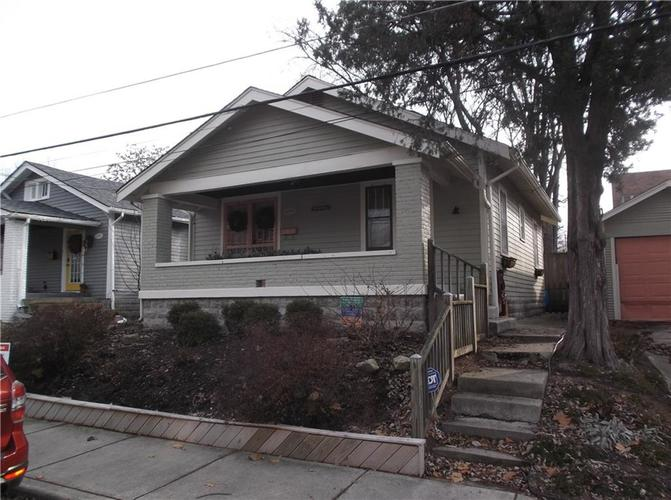 5823 E New York Street Indianapolis, IN 46219 | MLS 21686165 | photo 4