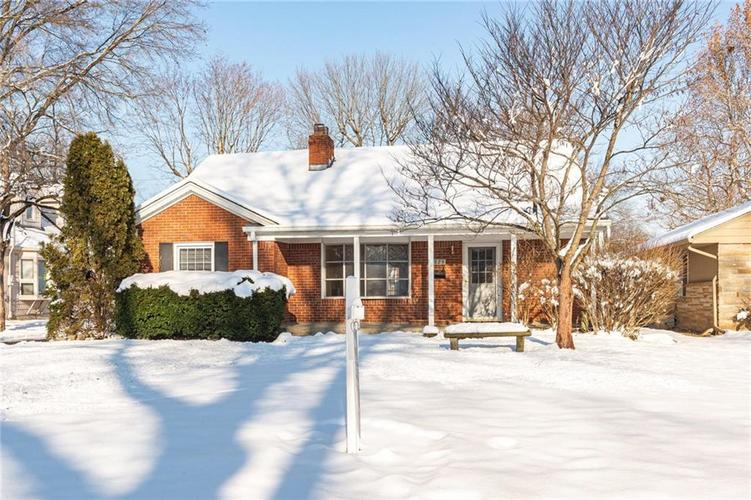 6829 Willow Road Indianapolis, IN 46220 | MLS 21686235 | photo 1