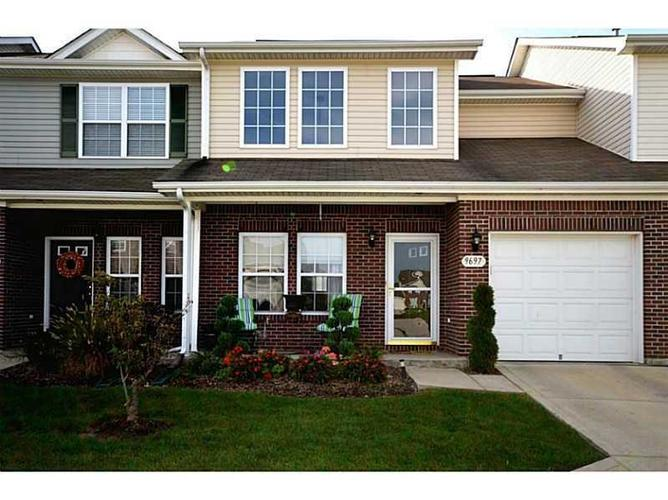 9697 Rolling Plain Drive Fishers, IN 46038 | MLS 21686357 | photo 1