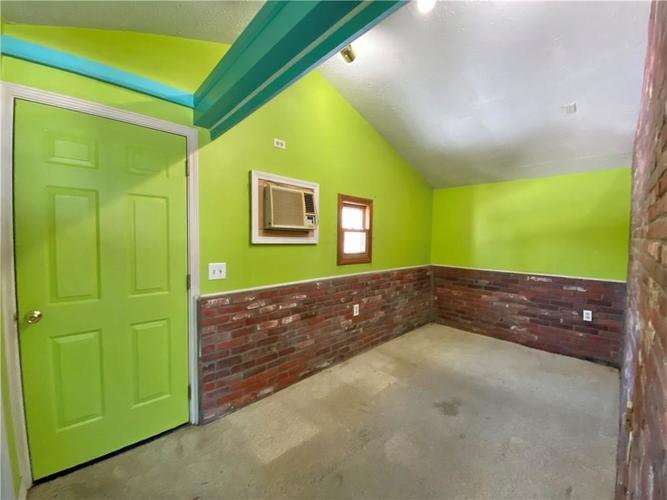 5561 W 56th Street Indianapolis, IN 46254 | MLS 21686445 | photo 20