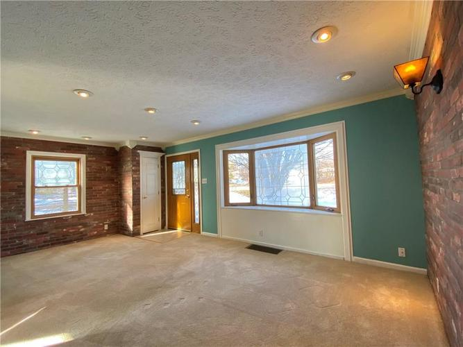 5561 W 56th Street Indianapolis, IN 46254 | MLS 21686445 | photo 6