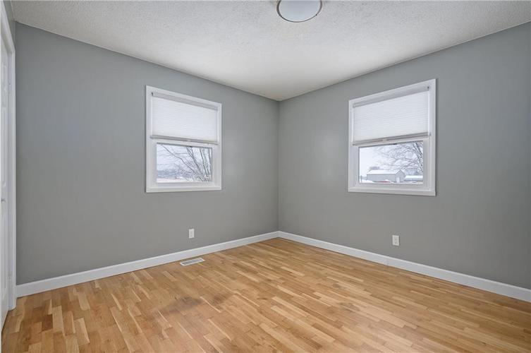 4711 E State Road 236 Middletown, IN 47356 | MLS 21686492 | photo 15