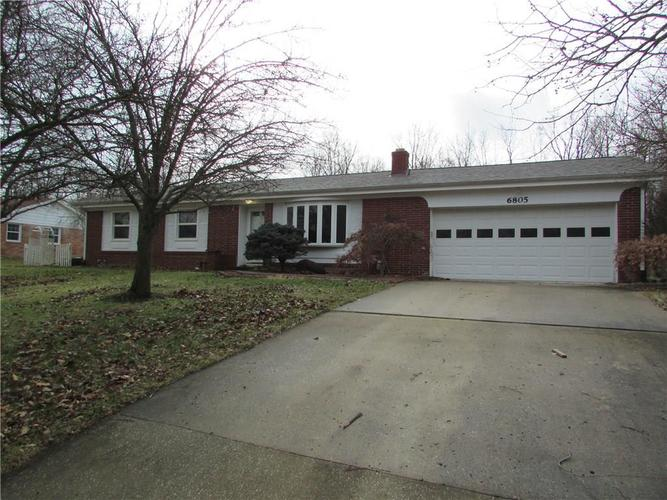 6805 Donnelly Drive Brownsburg, IN 46112 | MLS 21686625 | photo 1