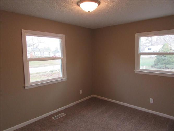 6805 Donnelly Drive Brownsburg, IN 46112 | MLS 21686625 | photo 17