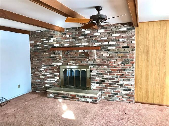 615 Phaeton Place Indianapolis, IN 46227 | MLS 21686772 | photo 10