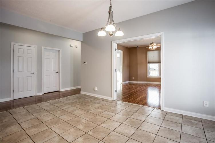 2401 N New Jersey Street Indianapolis, IN 46205 | MLS 21686799 | photo 12