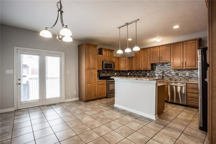 2401 N New Jersey Street Indianapolis, IN 46205 | MLS 21686799 | photo 14