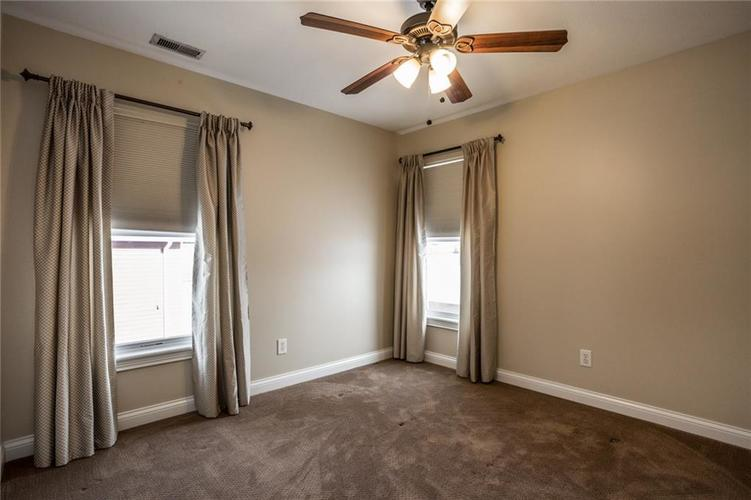 2401 N New Jersey Street Indianapolis, IN 46205 | MLS 21686799 | photo 21