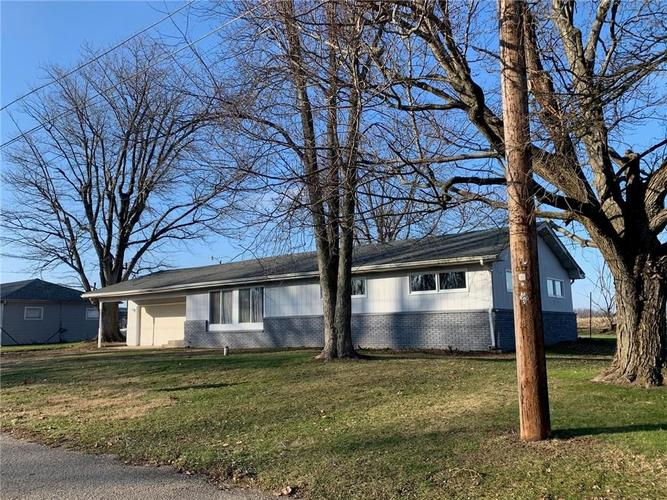 188 York Avenue Clayton, IN 46118 | MLS 21686843 | photo 1