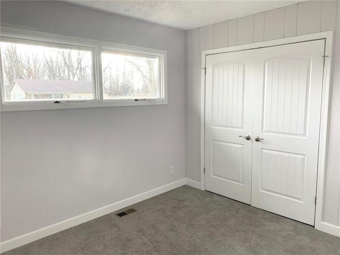 188 York Avenue Clayton, IN 46118 | MLS 21686843 | photo 20