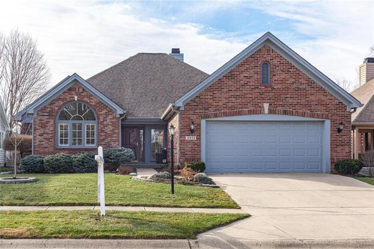 12032 Clubhouse Drive Fishers, IN 46038   MLS 21686880   photo 1
