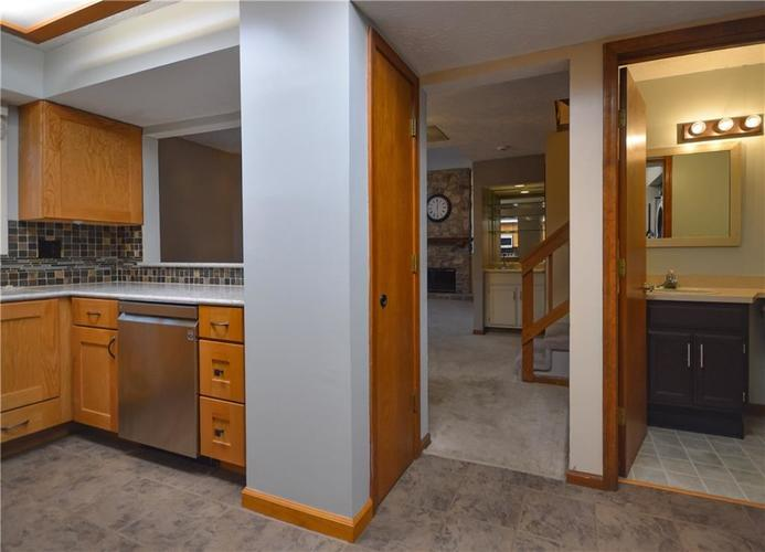 4634 CHATTERTON Circle Indianapolis, IN 46254 | MLS 21686912 | photo 12