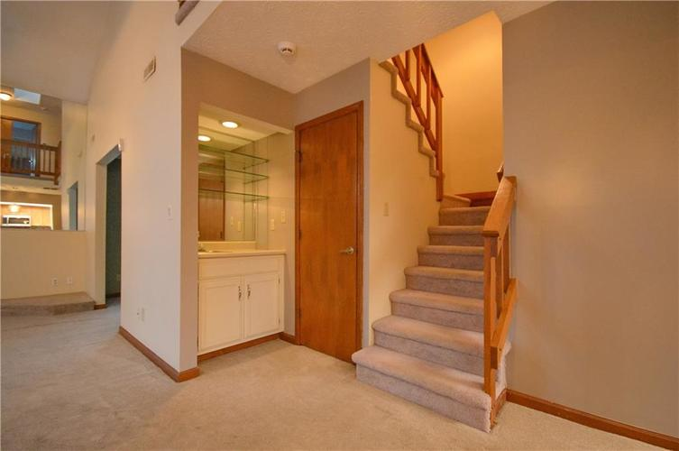 4634 CHATTERTON Circle Indianapolis, IN 46254 | MLS 21686912 | photo 18