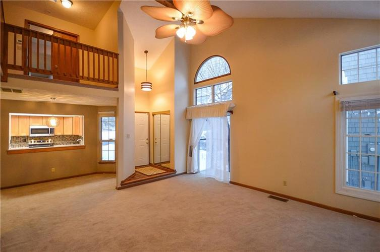 4634 CHATTERTON Circle Indianapolis, IN 46254 | MLS 21686912 | photo 3