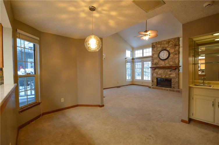 4634 CHATTERTON Circle Indianapolis, IN 46254 | MLS 21686912 | photo 9