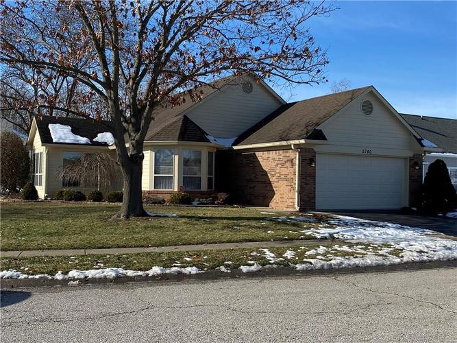 5740  CRYSTAL BAY W Drive Plainfield, IN 46168 | MLS 21686920