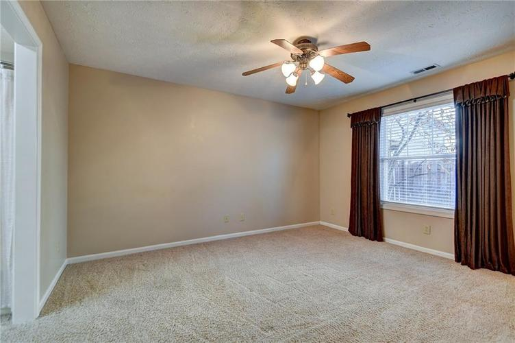 13009 Sinclair Place Fishers, IN 46038 | MLS 21686988 | photo 14
