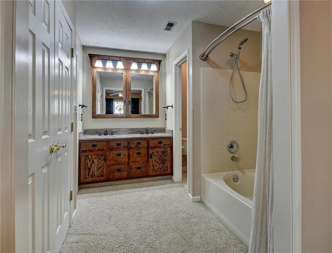 13009 Sinclair Place Fishers, IN 46038 | MLS 21686988 | photo 17