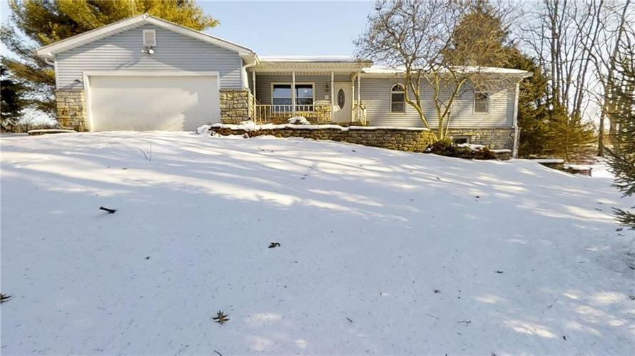 2282 S County Road 650 W Connersville, IN 47331 | MLS 21686997 | photo 1