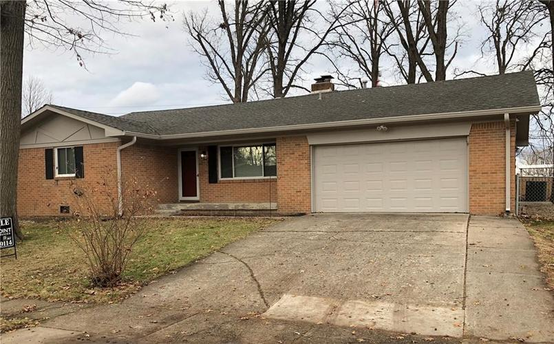 8532 E Skyway Drive Indianapolis, IN 46219   MLS 21687012   photo 1