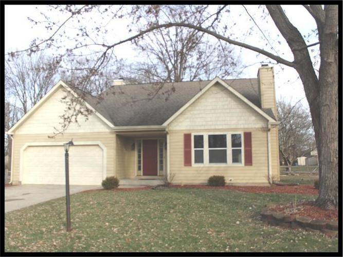 8531  CASTLE RIDGE Lane Indianapolis, IN 46256 | MLS 21687047