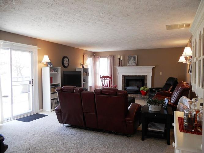 7659 Camberwood Drive Indianapolis, IN 46268   MLS 21687059   photo 13
