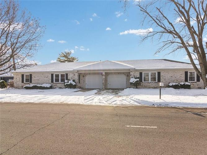 1701 E 1st Street Anderson, IN 46012 | MLS 21687082 | photo 1