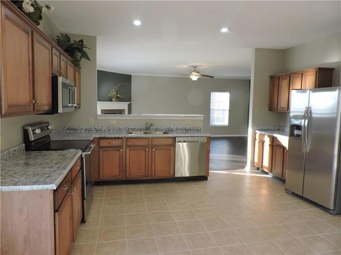 5520 Noble Drive Indianapolis, IN 46234 | MLS 21687123 | photo 12