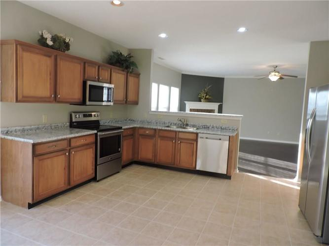 5520 Noble Drive Indianapolis, IN 46234 | MLS 21687123 | photo 13
