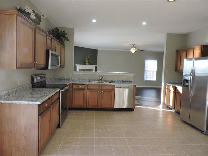 5520 Noble Drive Indianapolis, IN 46234 | MLS 21687123 | photo 14