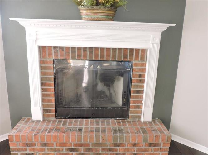 5520 Noble Drive Indianapolis, IN 46234 | MLS 21687123 | photo 3